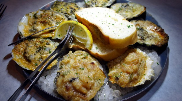 Half Shell Oysters SRQ Reviews Sarasota Fl